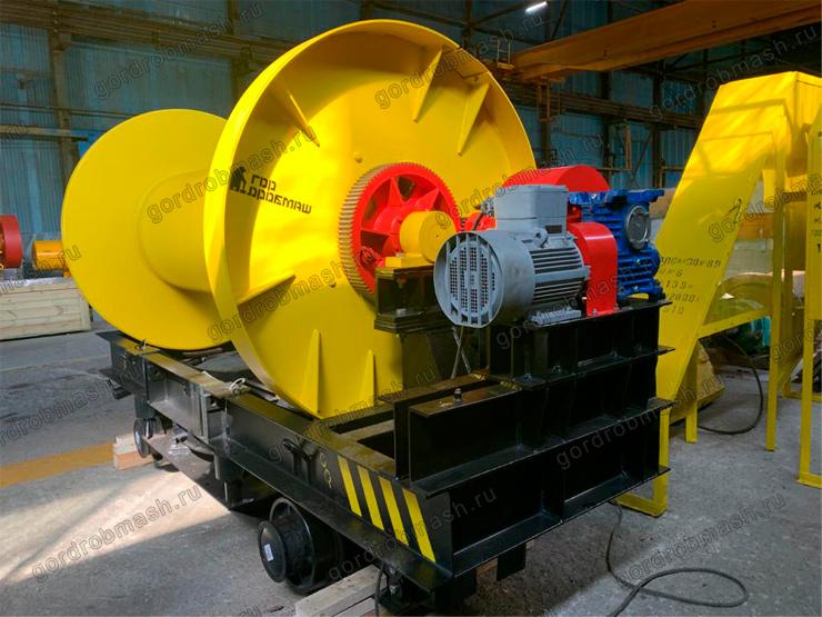 Лебедка для замены канатов  ЛЗК-10М